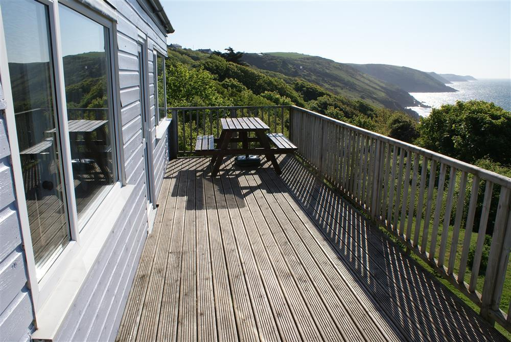 Photograph of 629-8-decking