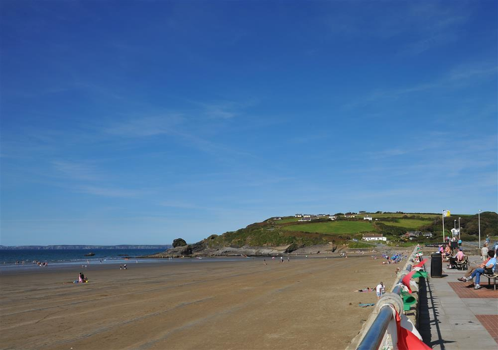 06 Broad Haven Beach 664 (1)