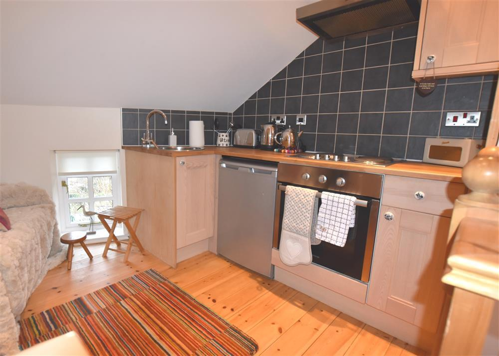 2215-0-kitchen