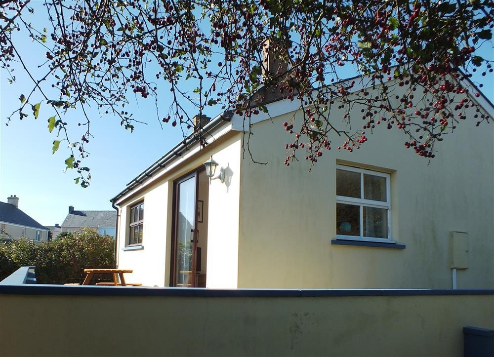 Cosy Cottage - Solva - Sleeps 4 - Ref 2144