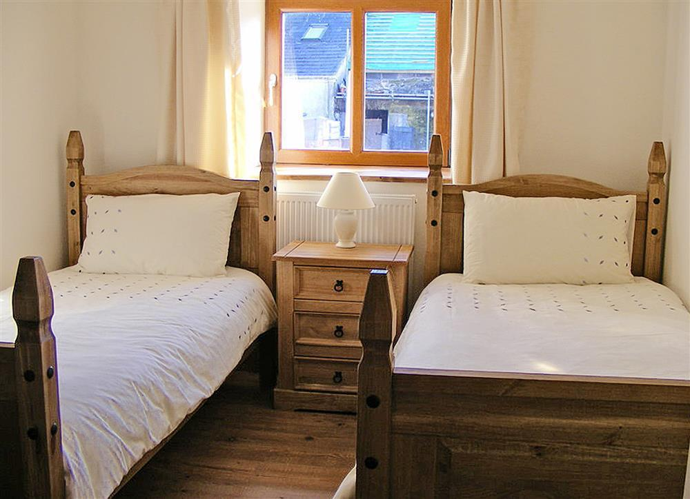 Photograph of 02-Carmarthenshire Twin Bed-883