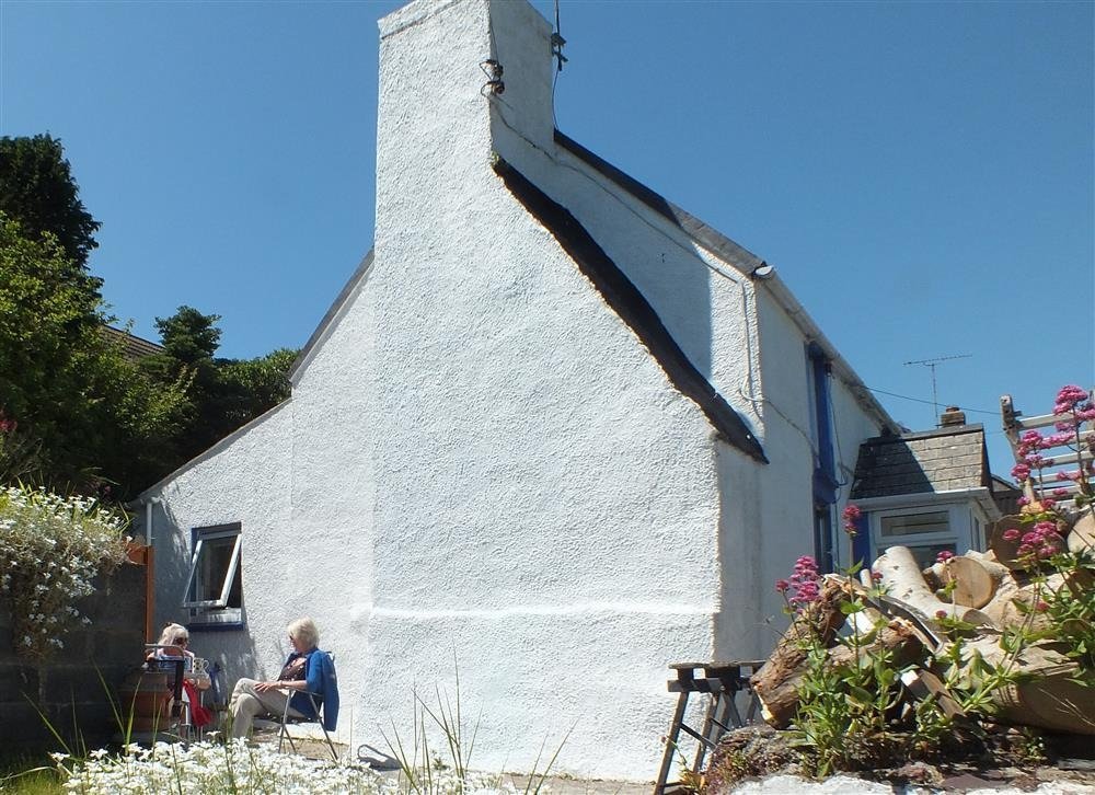 Fishermans Cottage - Near Skomer & Dale - Sleeps 4 - Ref 2102