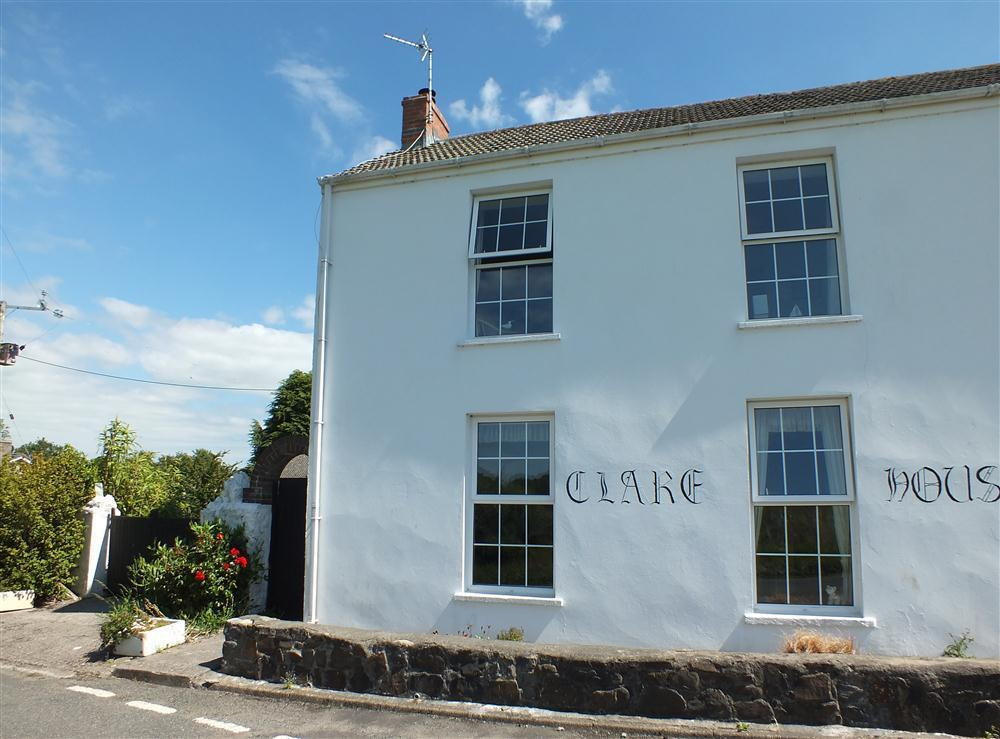 Clare House - Landshipping - Nr Lawrenny - Sleeps 4 - Ref 2132