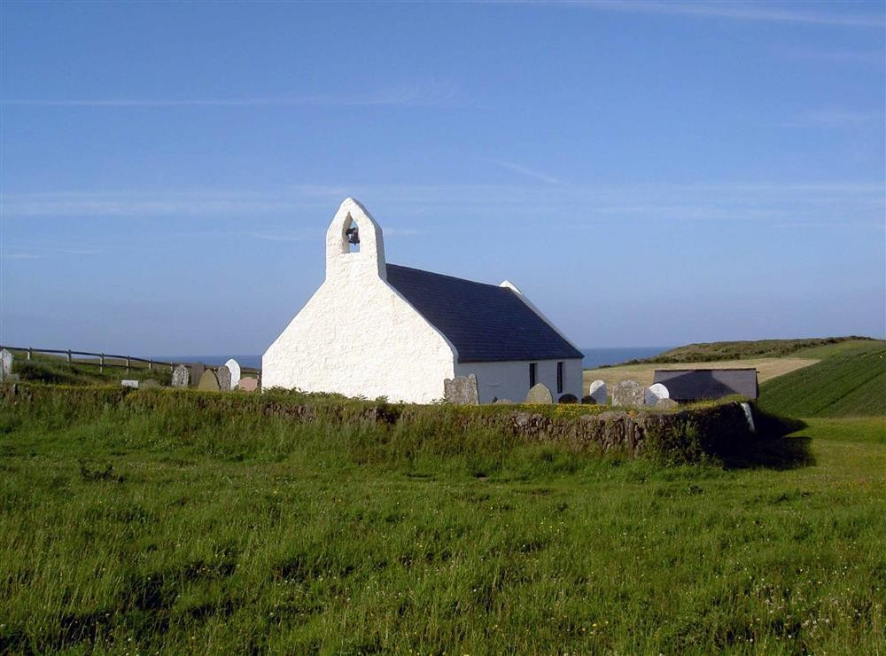 405-8-Mwnt Church