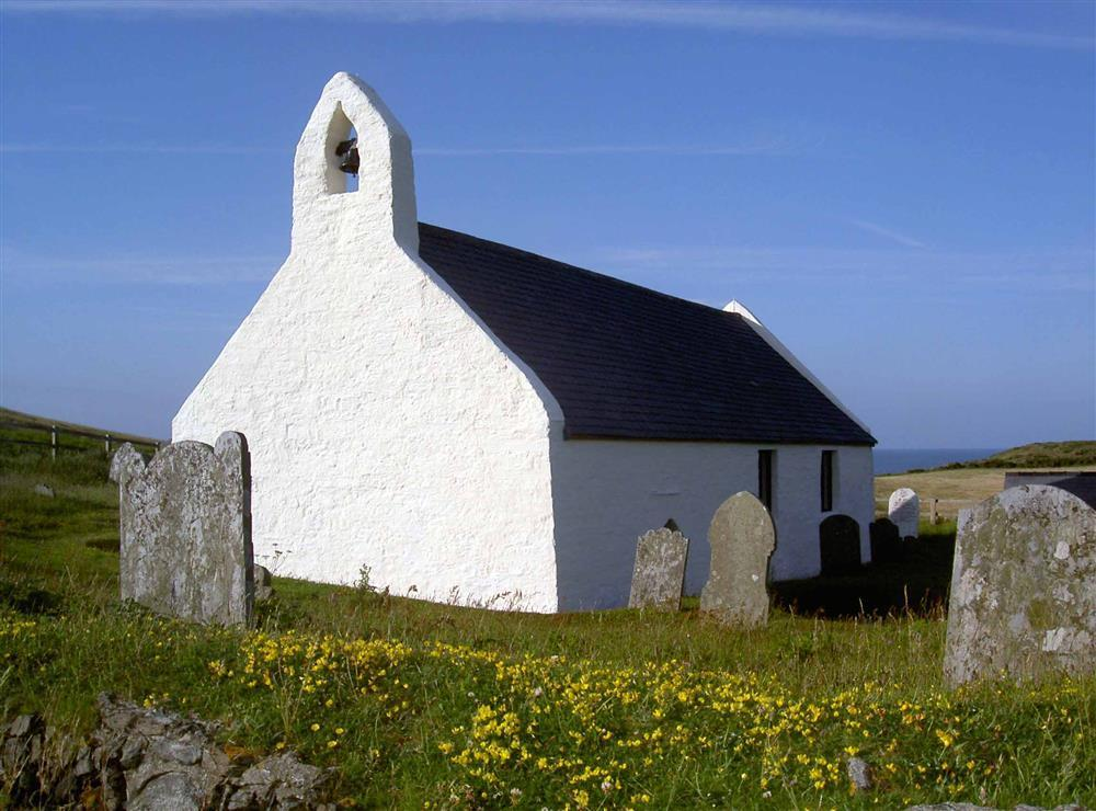 07-Mwnt Church-903