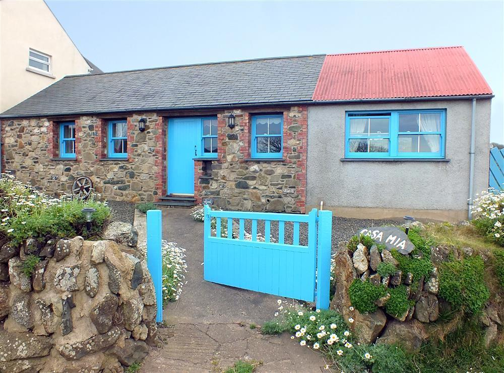 Sea view cottage in small hamlet on Strumble Head-Sleeps4-Ref710