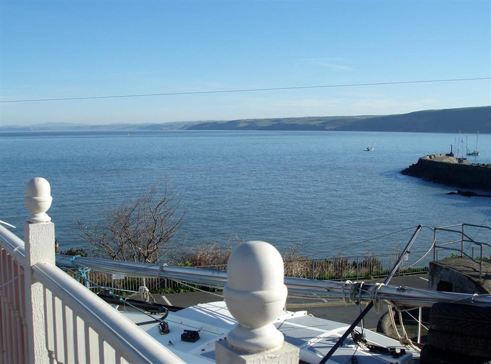 Photograph of 02-New Quay Cottage Sea View-930