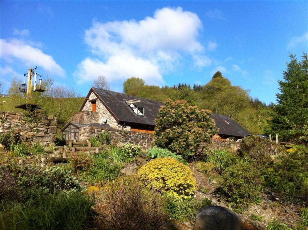Holiday cottage in powys at upper barn cottage for Cheap holiday cottages uk