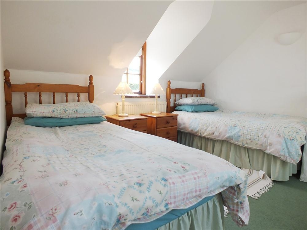 Photograph of 2101-7-cottage-twin-room