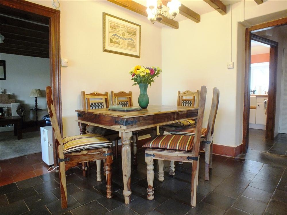 Photograph of 2108-3-dining-table