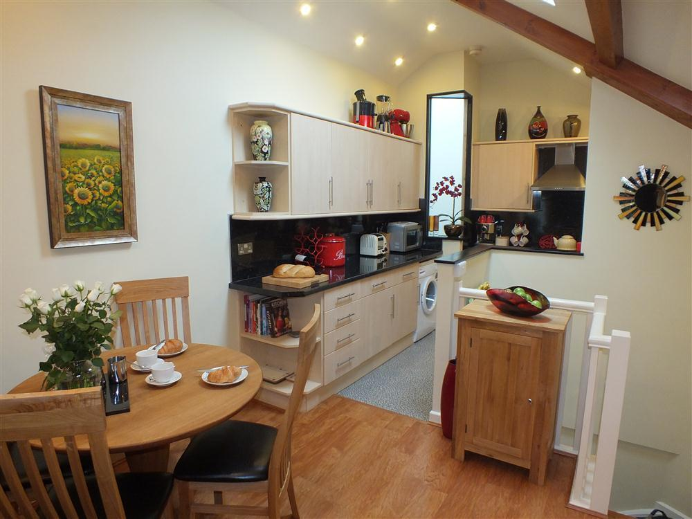 Luxury mews house for two - Fishguard - Sleeps 2 - Ref 2124