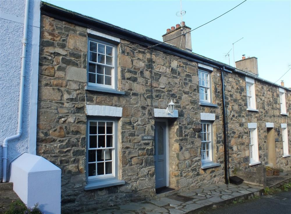 Upper St Mary's Street Holiday Cottages