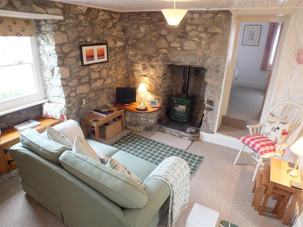 Stone Cottage - College Square - Newport - Sleeps 2 - Ref 621