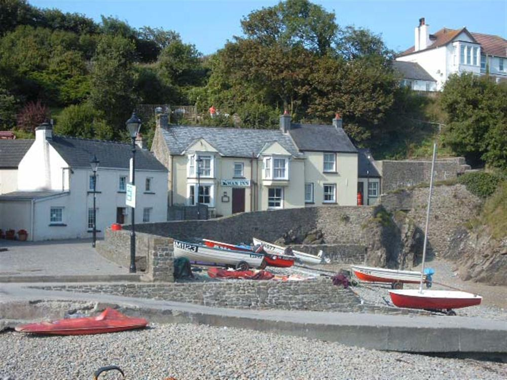 Beach Cottage - Little Haven - Sleeps 5 - Ref 625