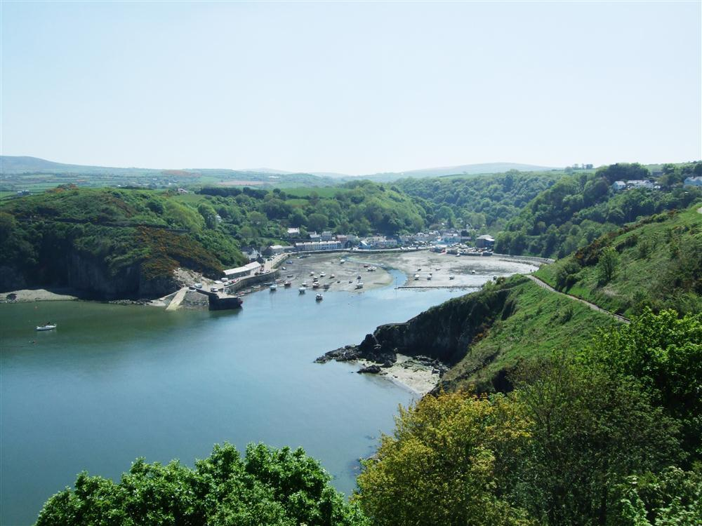 Photograph of 653-9-Lower Town Fishguard