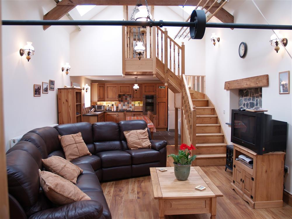 Delightfully converted former Mill & Stable block  Sleeps: 9  Property Ref: 939