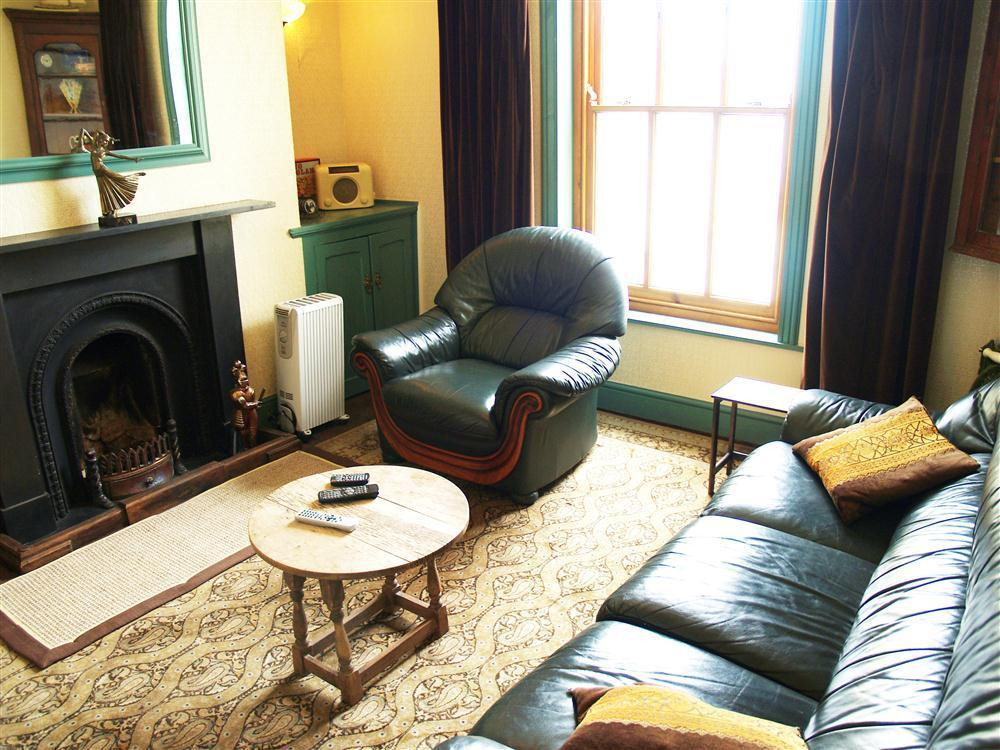 Photograph of 577-5-Sitting Room