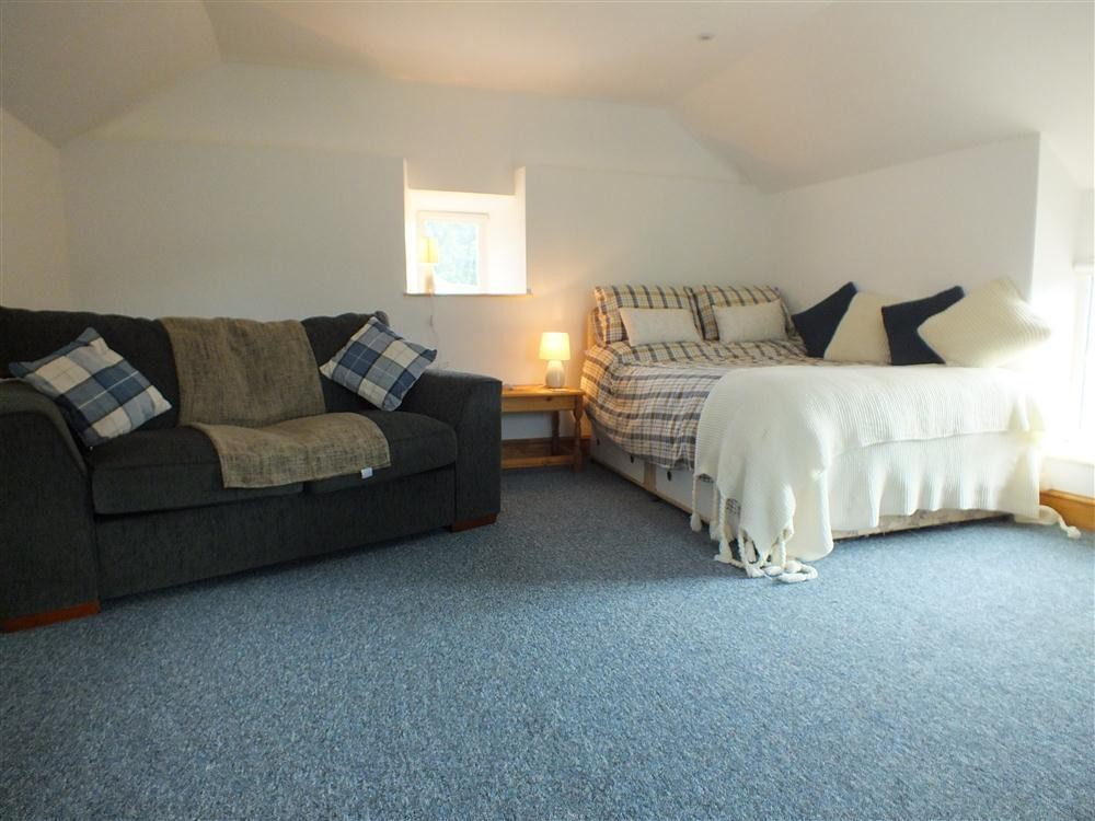 Studio Cottage for two at Dinas Cross