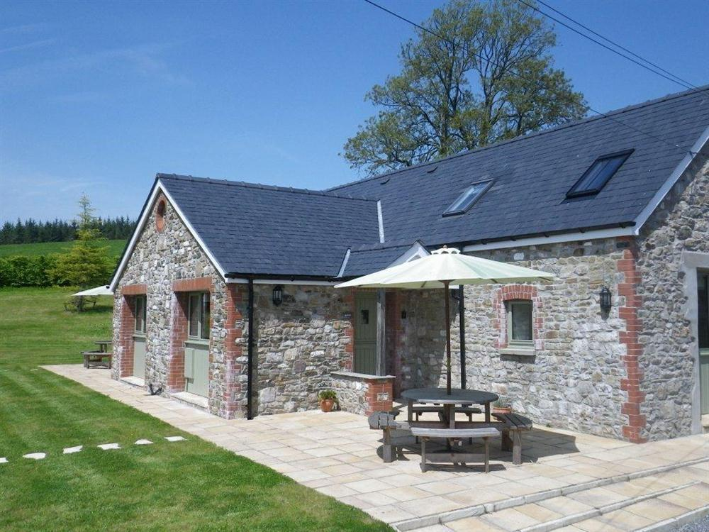 Barcud Cottage - Golden Grove - near Llandeilo - Sleeps 4 - Ref 2001