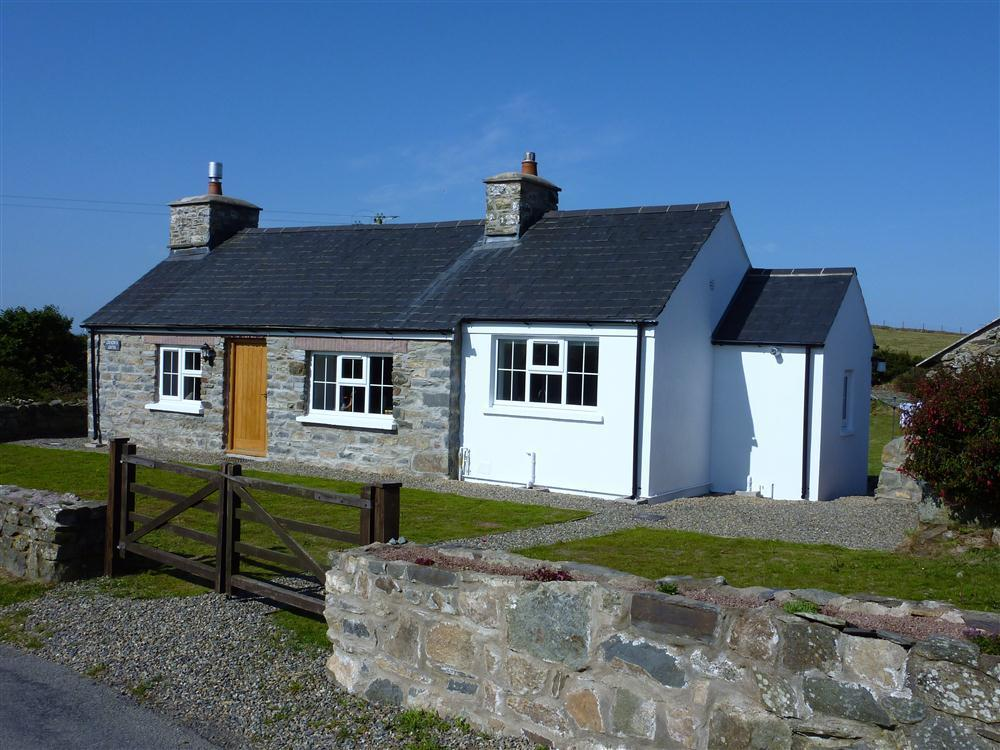 Gwndwn Gwyn Cottage - Pwllderi - Strumble Head - Sleeps 4 - Ref 628