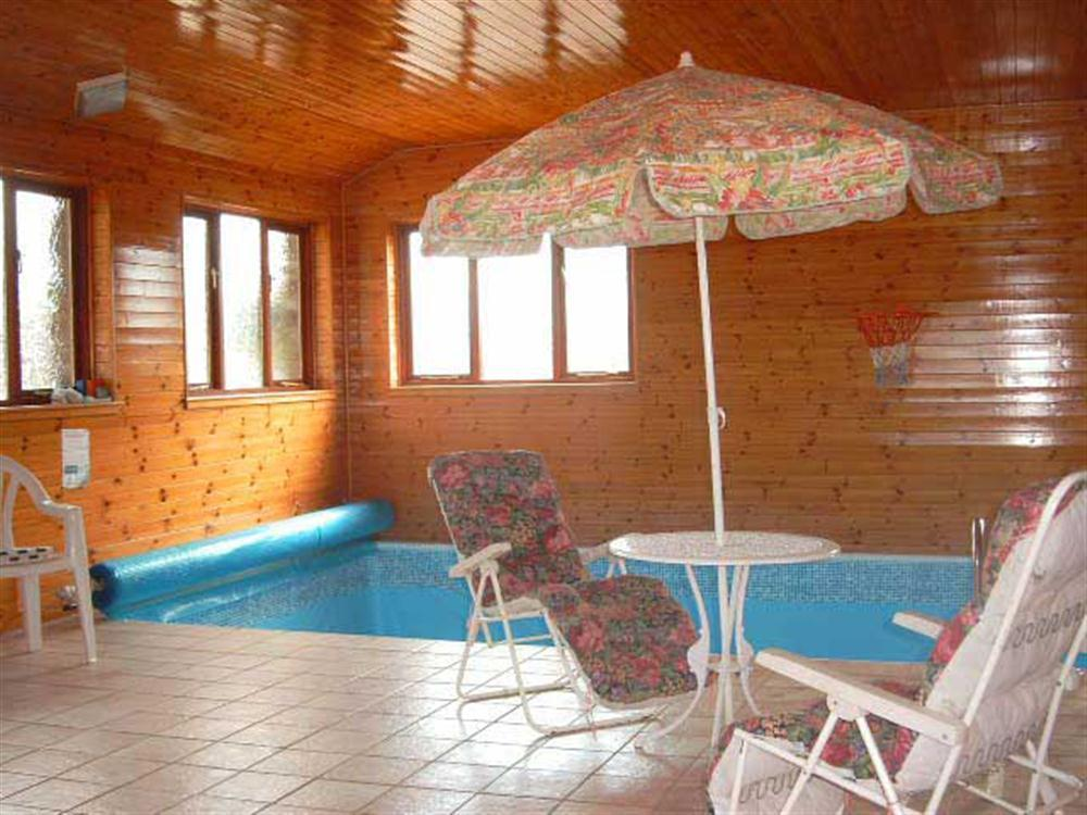Y Stabl Dwrbach Pembrokeshire Countryside Cottage With Pool Sauna Hot Tub In Wales