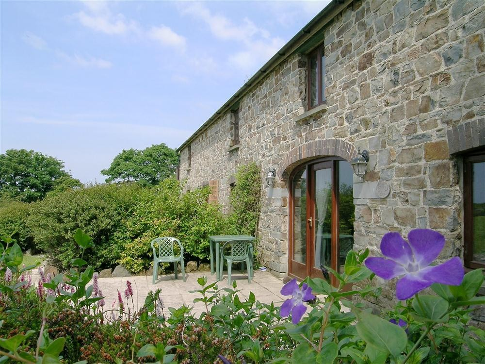 Trefaes Ganol Holiday Cottages