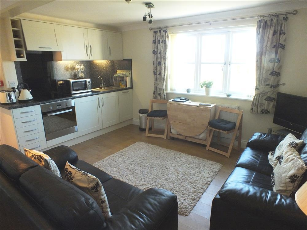 Photograph of 2154-2-Open plan living