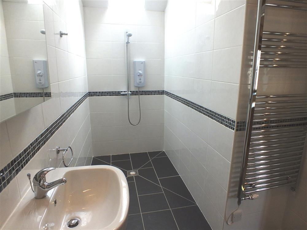 217-5.3-disabled shower