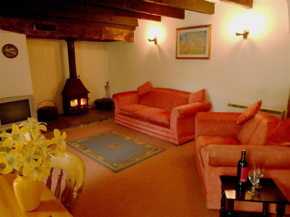 Coastal Cottage - Mwnt Beach - Cardigan Bay - Sleeps 6 - Ref 405