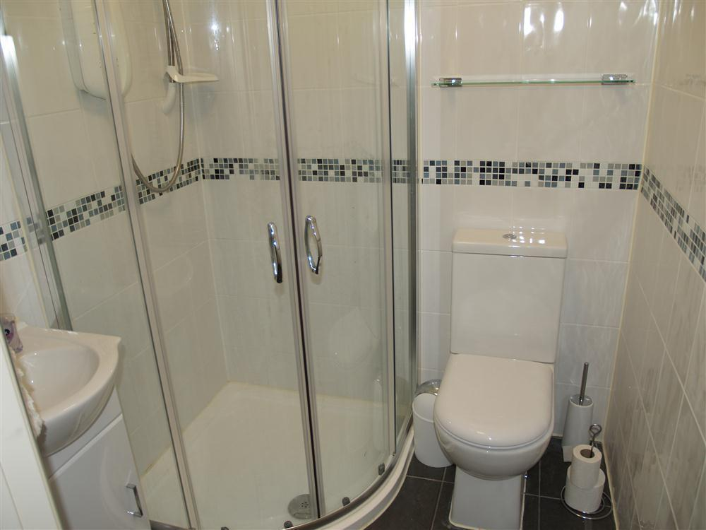 Photograph of 2034-9-Shower