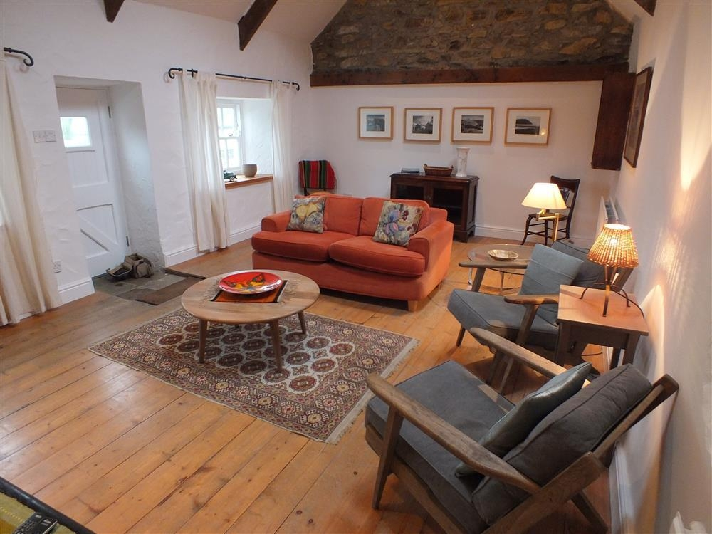 Pretty Cottage - Brynberian - Preseli Hills - Sleeps 4 - Ref 2169
