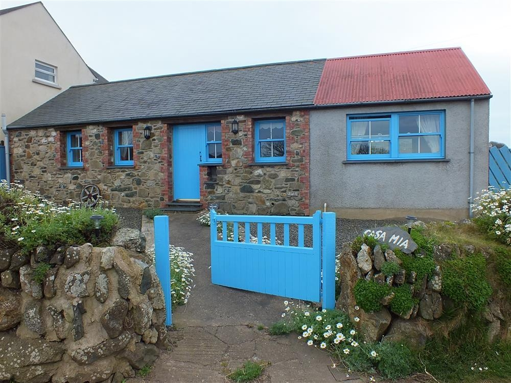 Sea View Cottage - Strumble Head - Sleeps 4 - Ref 710