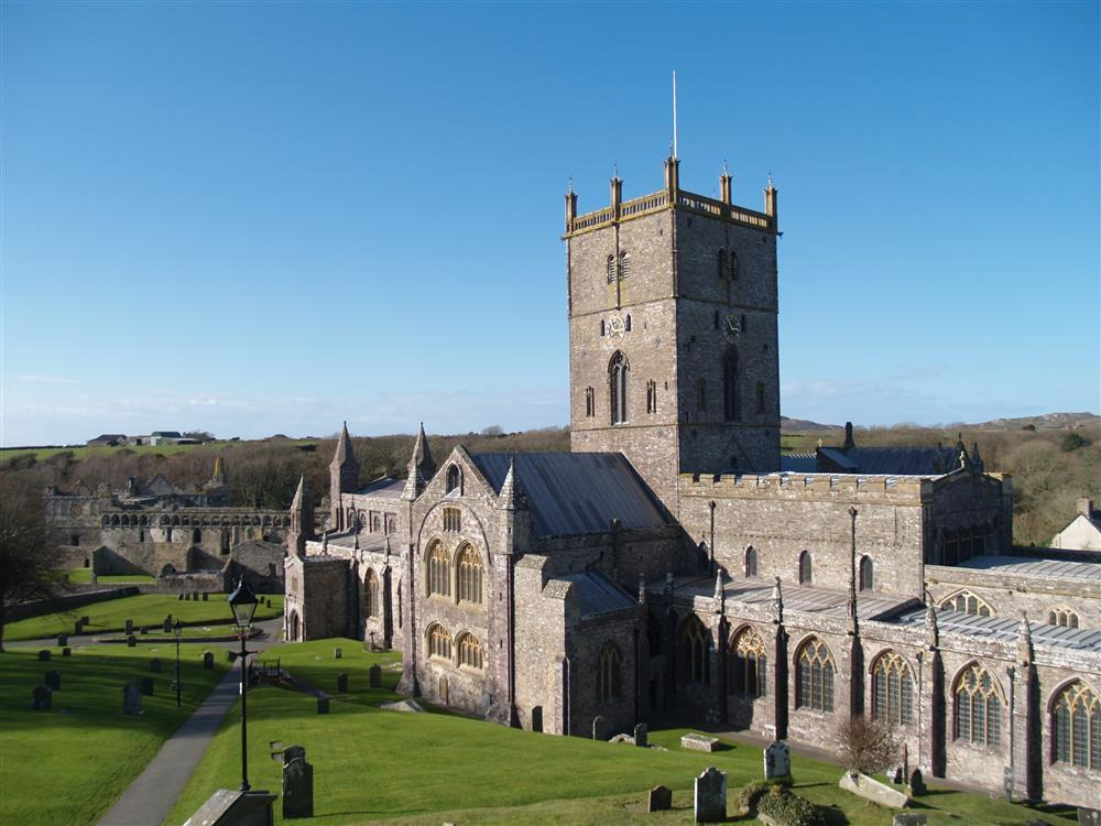 Photograph of 234-9-St Davids Cathedral