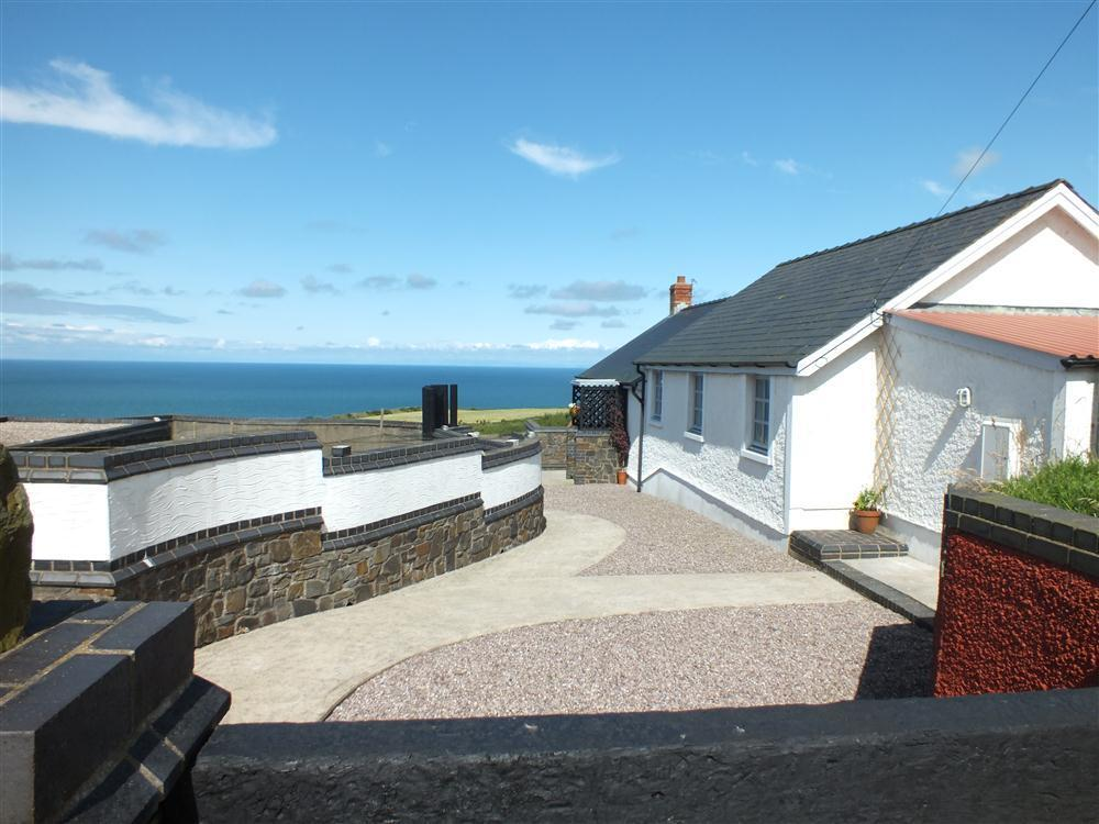 Nantmawr Cottage -  near Mwnt - Cardigan Bay - Sleeps 4 - Ref 2064