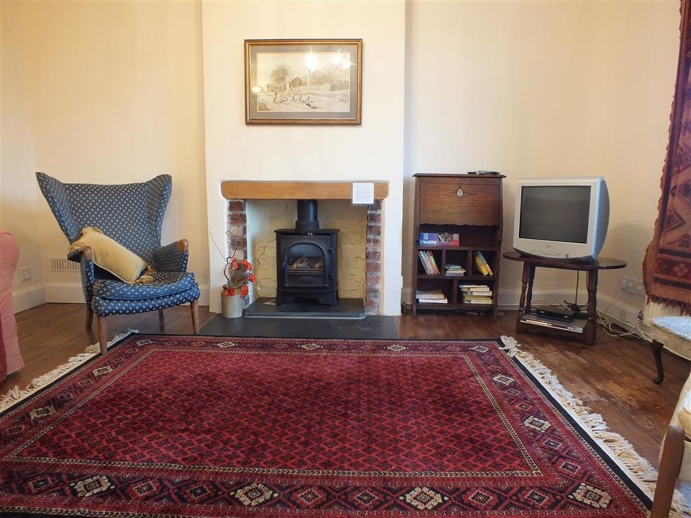 2205-3-second sitting room
