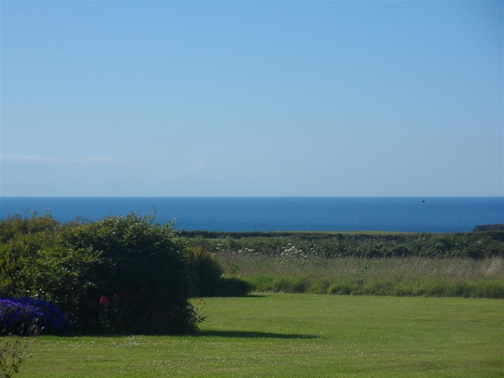 2206-8-sea and garden views from property (1)