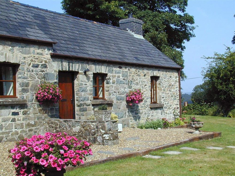 Preseli Cottage - Llanychaer - Gwaun Valley - Fishguard - Sleeps 5 - Ref 2140