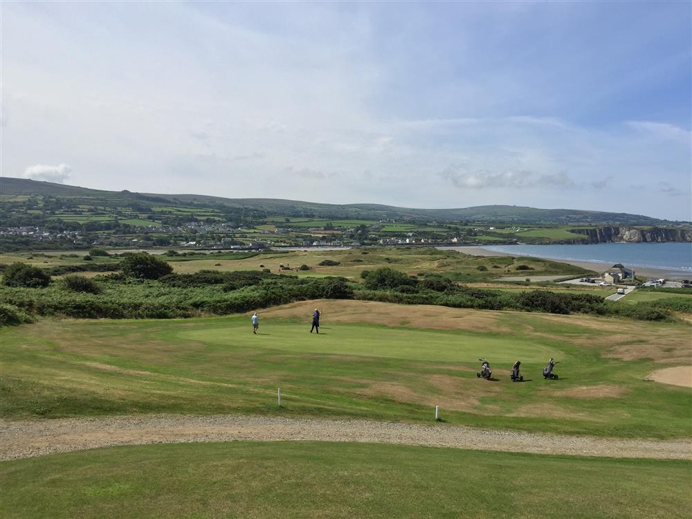 Photograph of 2222-9-GolfClub Newport Sands (2)