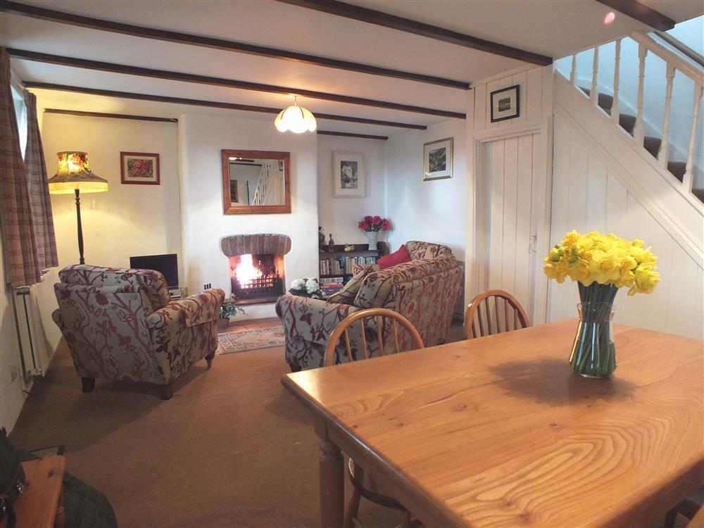 Cottage overlooking the village church and close to Abermawr beach - Sleeps 4 - Ref 289