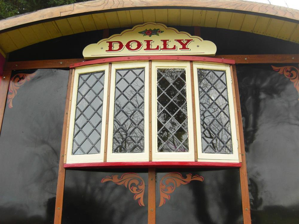 Photograph of 2153-7-Dolly the Circus Waggon