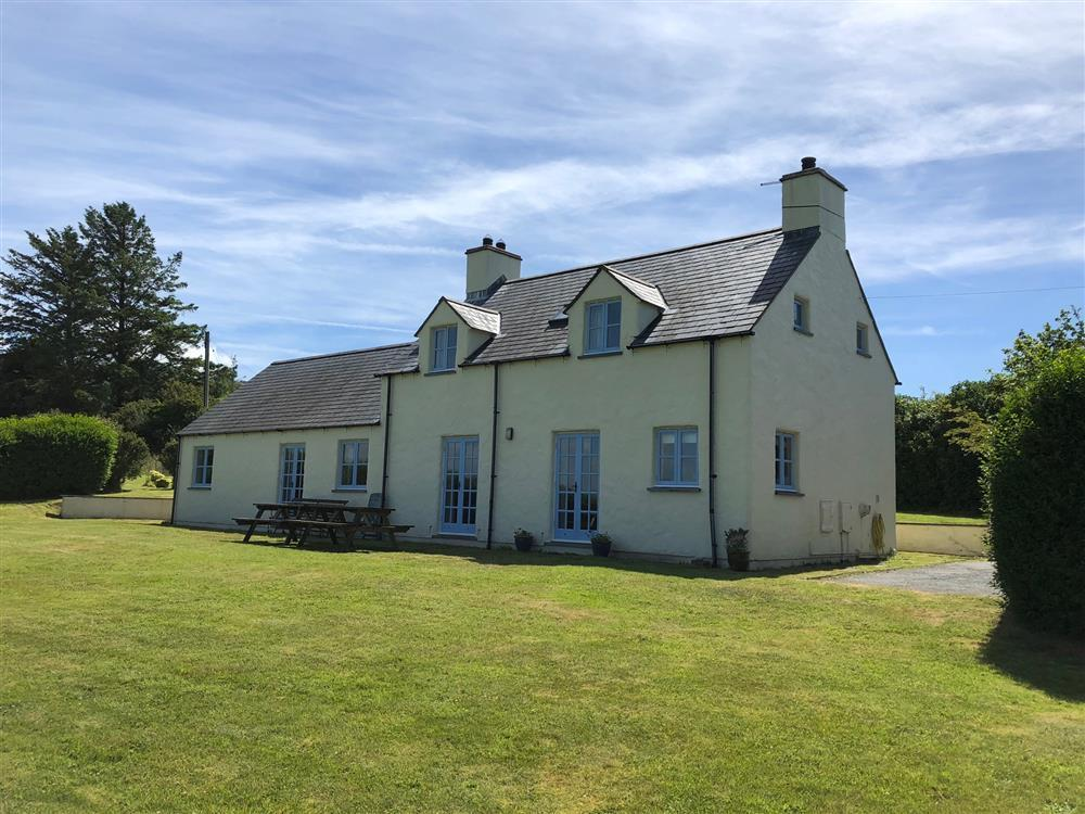 Brynceirios holiday house in Newport, Pembrokeshire