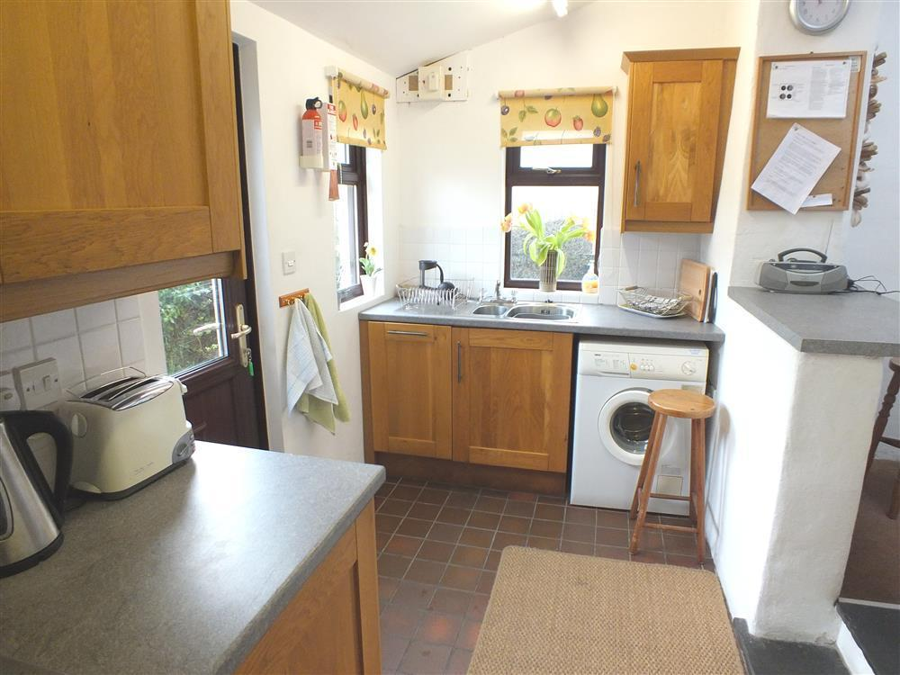 Photograph of 289-4-Kitchen