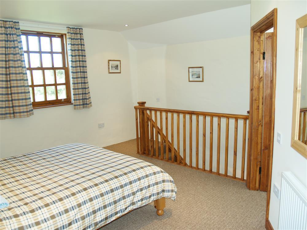 Photograph of 731-4-Ty Fferm bedrooms (2)