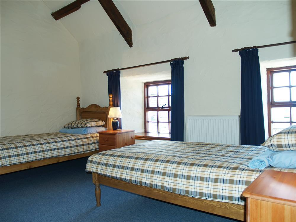 Photograph of 731-4-Ty Fferm bedrooms (3)