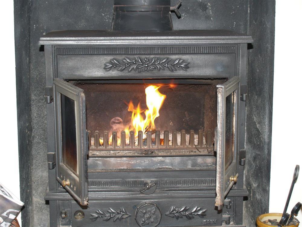 889-7-cosy fire