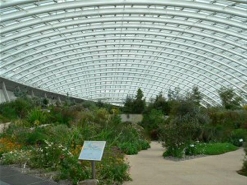 2001-9-National Botanic Garden of Wales
