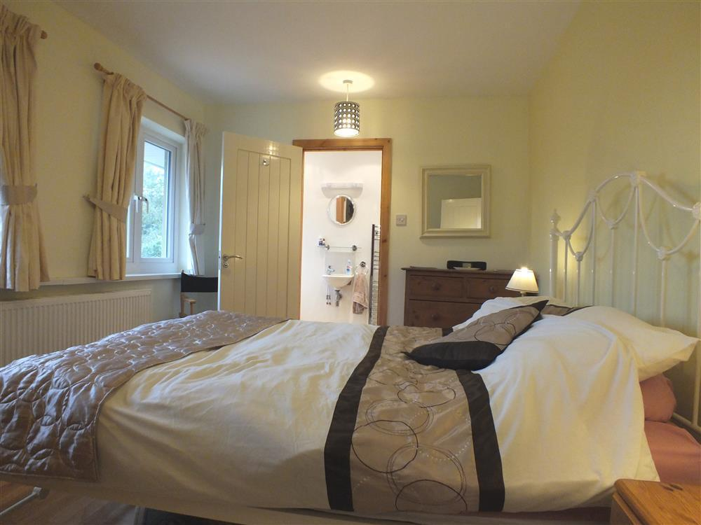 Photograph of 2067-3-Shell Cottage  bedrooms (1)