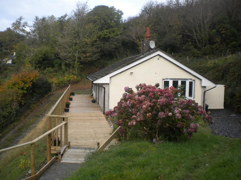 Photograph of 2067-6-Shell Cottage Pembrokeshire (3)