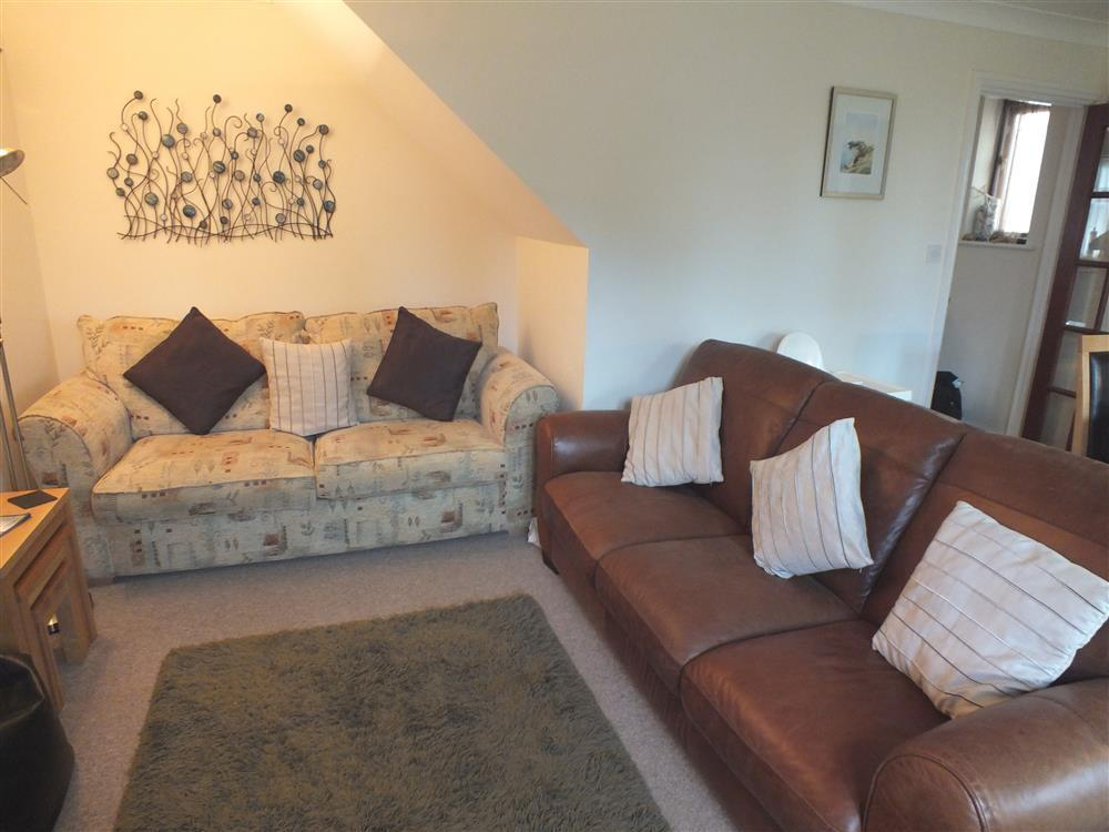 Photograph of 2078-1-Marloes Cottage sitting room (3)