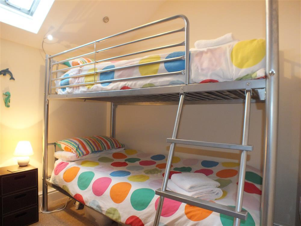 Photograph of 2078-5-bedrooms (1)